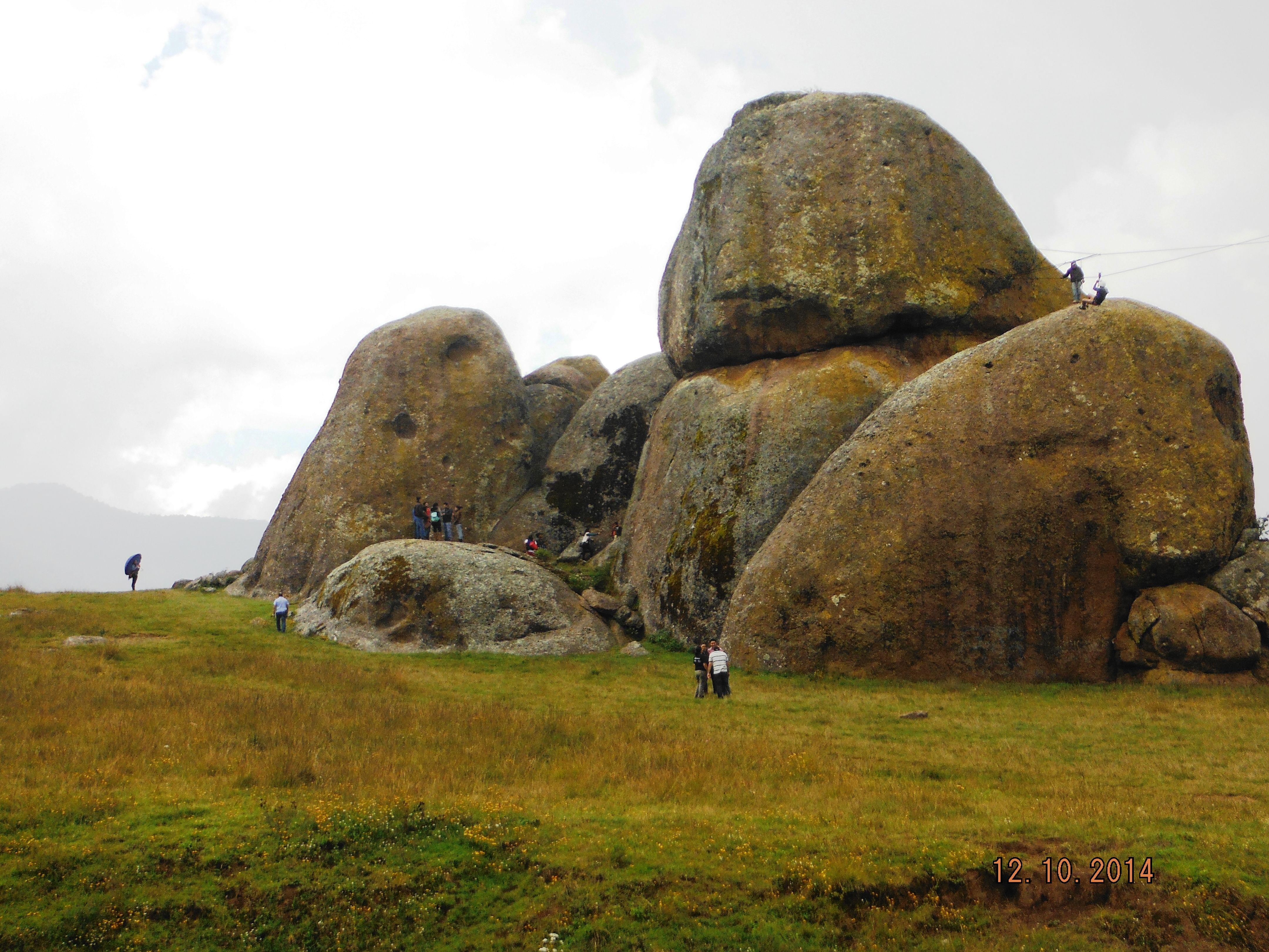Las Piedrotas es un majestuoso campo de enormidades naturales.