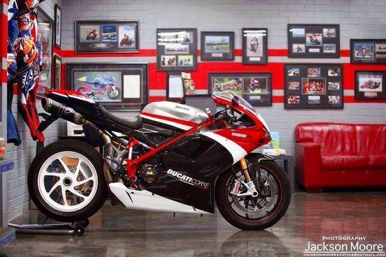 Ducati 1198 corse