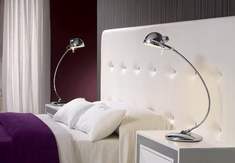 Lekre lamper til nattbordet. http://www.dekorativelamper.com/katalog/moderne+bordlamper+%3Cbr%3E+%28+opp+til+kr+1.500%2C-+%29/artikkelen/29075/Bordlampe%3A+Modell+HORUS #lampe #nattbord #soverom #interiør #interior #interiormirame #interiørmirame #design #nettbutikk #bordlampe