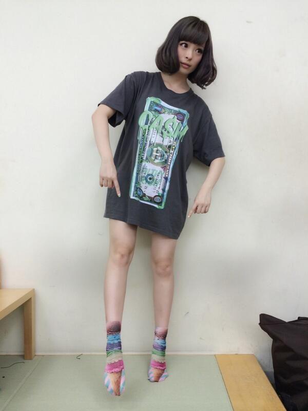 7月11日  【おしゃれアーティスト】きゃりーぱみゅぱみゅの私服写真
