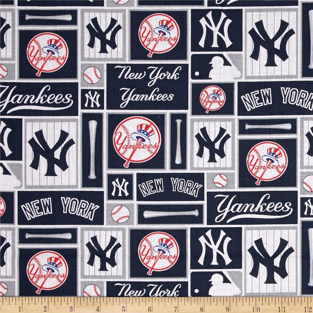 Mlb Cotton Broadcloth New York Yankees Blue White In 2020 New York Yankees Baseball New York Yankees Baseball Fabric