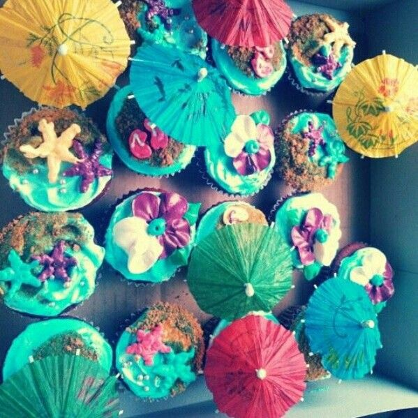 18th Birthday Cupcakes especially made for my beach party theme My