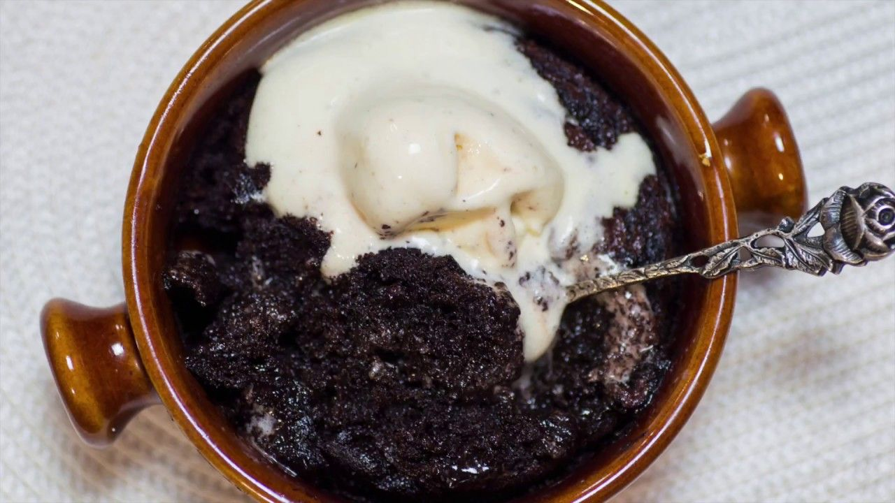 The Best Keto Lava Cake - Low Carb Molten Mug Cake with ...