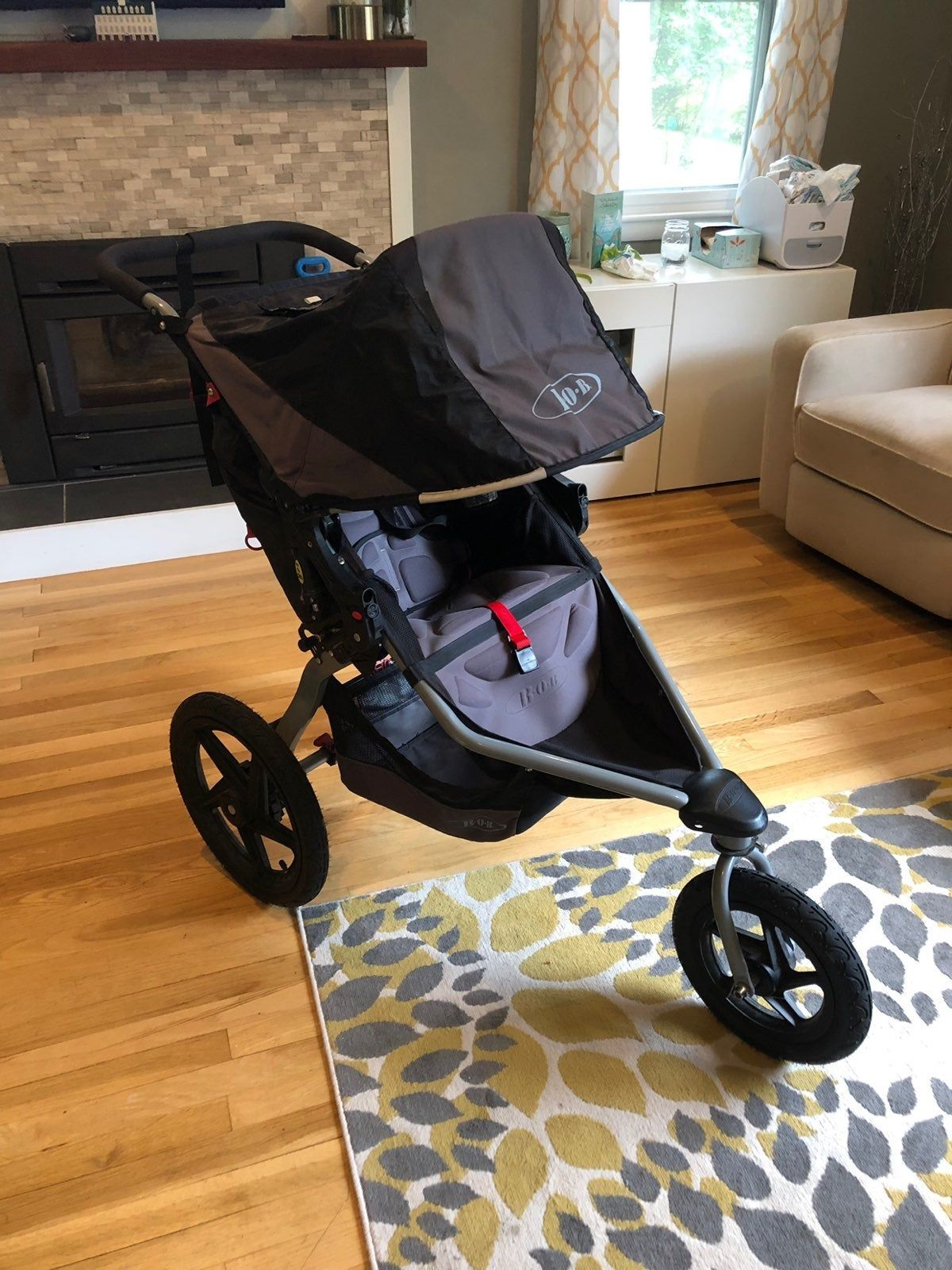 Used condition Bob Stroller, comes with car seat adapter