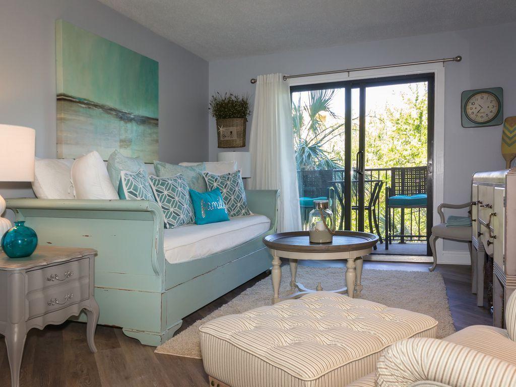 Book For Sept Still Warm Enough To Wear Your Vrbo Bedroom Design King Beds One Bedroom