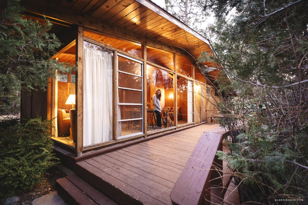 Pet Friendly Duplex Cabin Overlooking Fern Valley For Luxury Camping Stay In Idyllwild California Luxury Camping Idyllwild Glamping Site