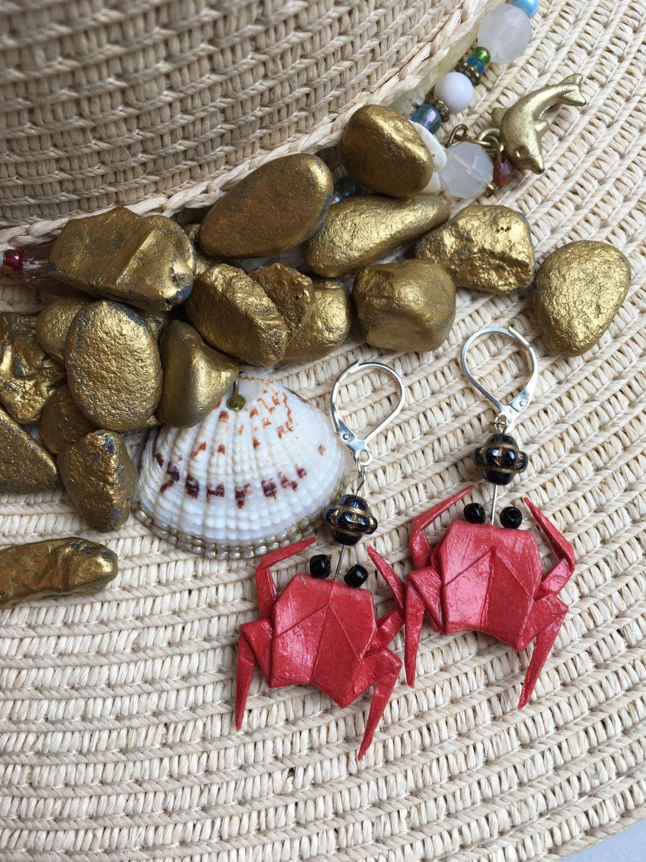 Origami Crab Earrings by ElegantOrigamiStudio on Etsy https://www.etsy.com/listing/513390601/origami-crab-earrings