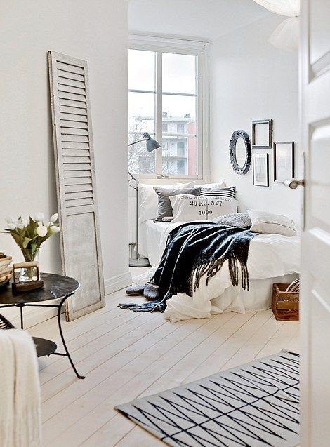 bright interior, small space, bedroom Home Pinterest Chambres