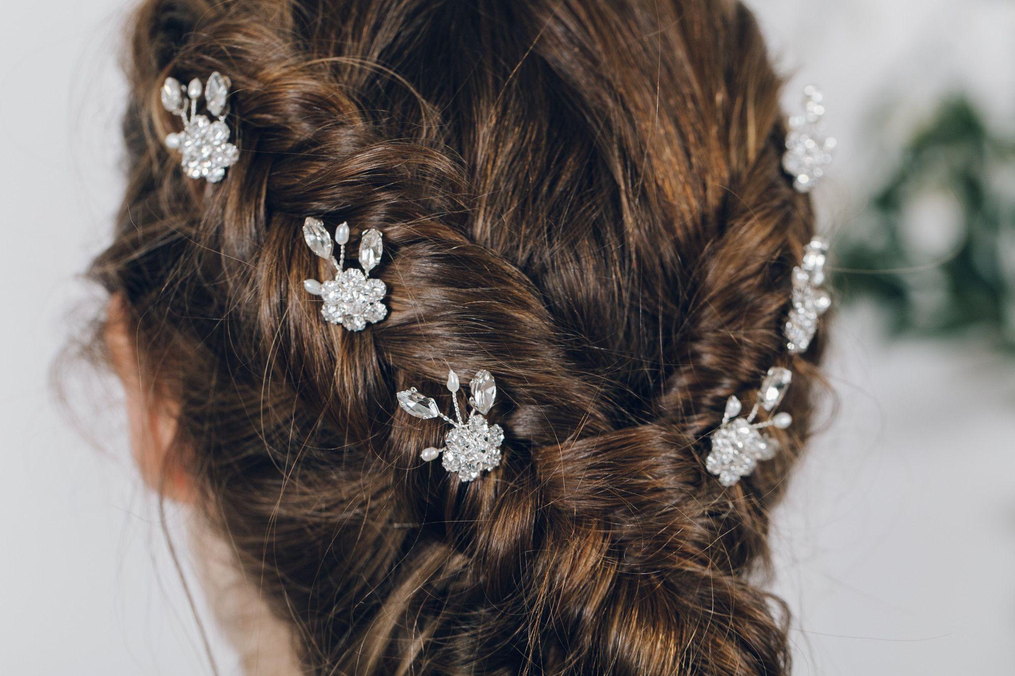 Crystal flower freshwater pearl bridal hair pin Saffron Bridal