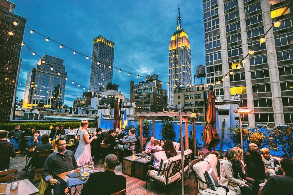 Best Rooftop Bars In Brooklyn And New York City Brooklyn Blonde Nyc Rooftop New York Rooftop Best Rooftop Bars