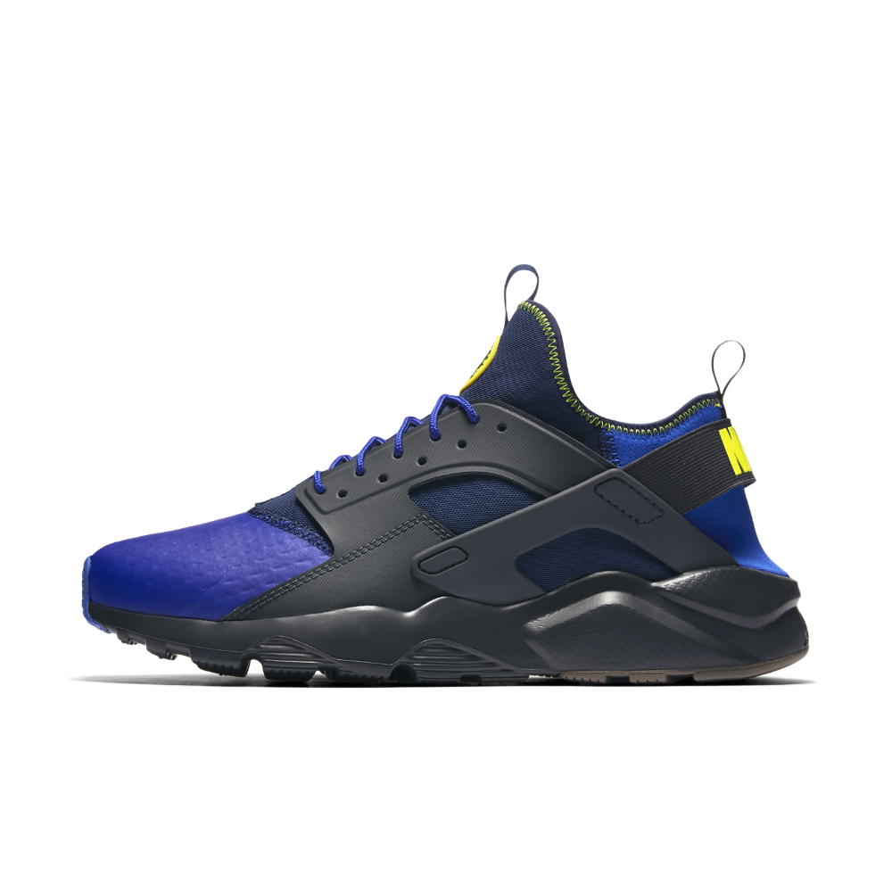 20d677de1f11 Nike Air Huarache Ultra SE Men s Shoe Size 10.5 (Black) - Clearance Sale
