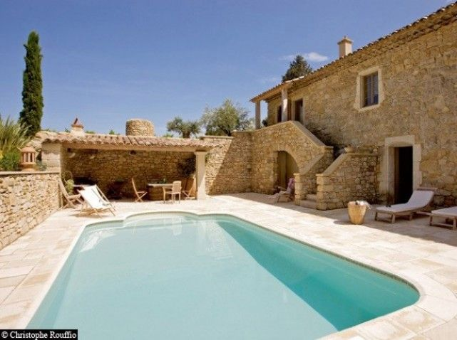 Sur la route des plus jolies maisons de vacances maisons du sud grands mur - Les plus belles renovations de maisons ...