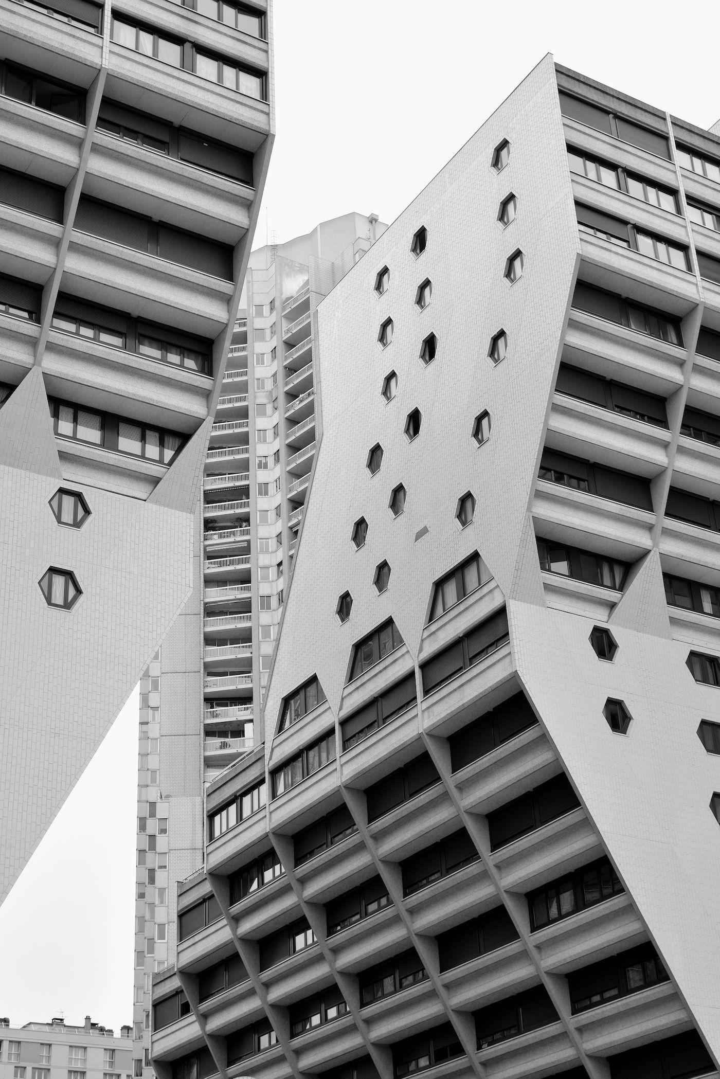 Pin op brutalism