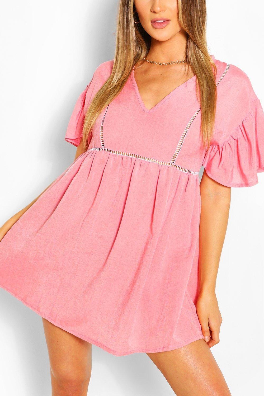 Linen Look Flared Sleeve Smock Dress Boohoo In 2021 Bodycon Fashion Smock Dress Hand Smocked Dress [ 1500 x 1000 Pixel ]