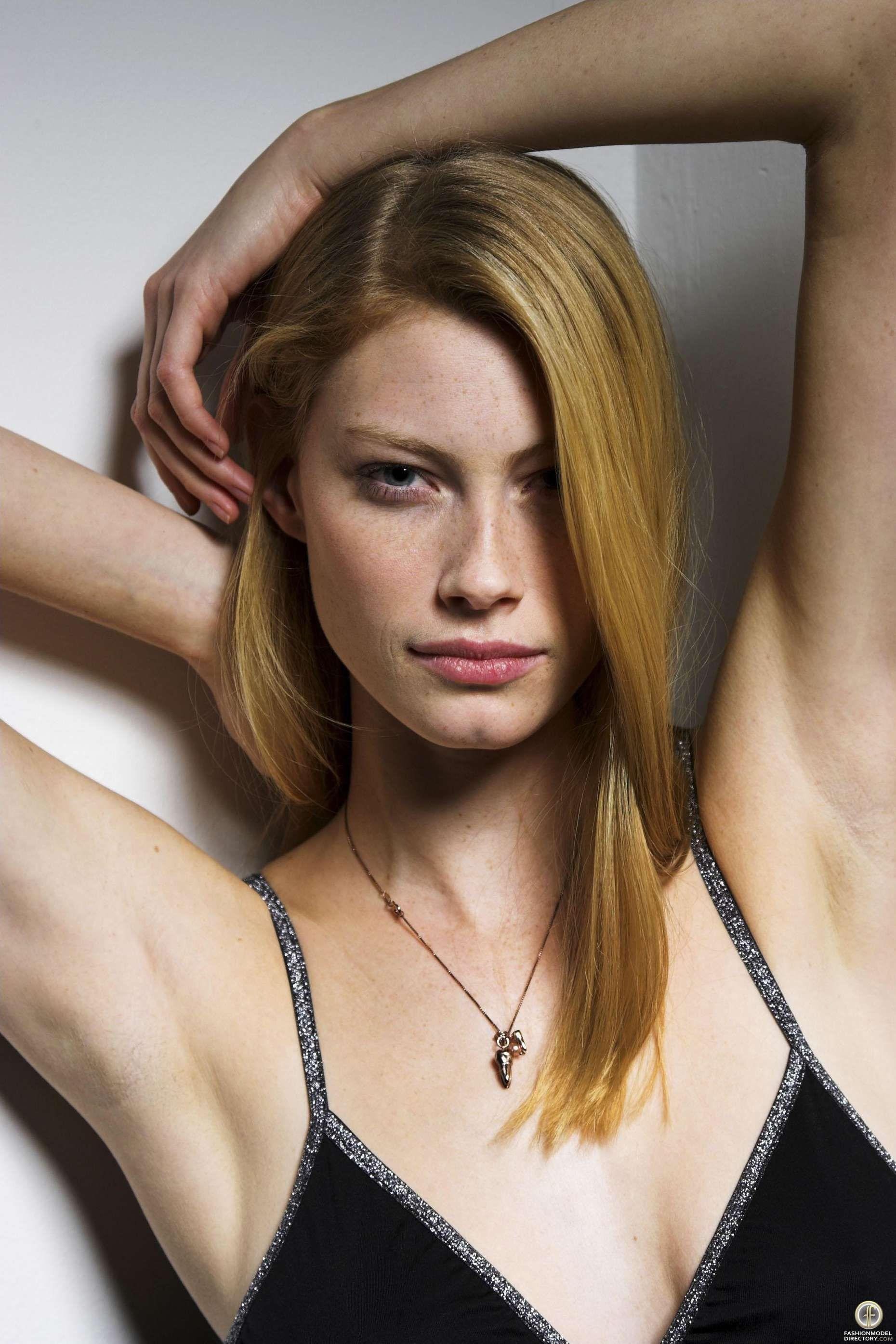 Alyssa sutherland model nude (23 image)