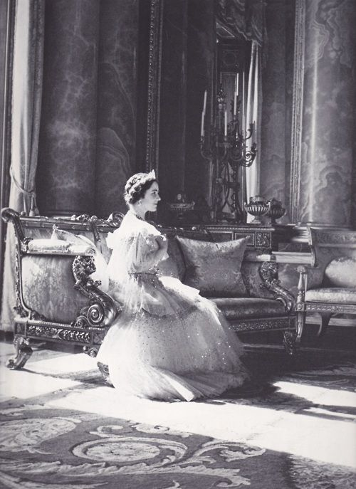 vintageroyalty:  The Queen Mother photographed by Cecil Beaton.
