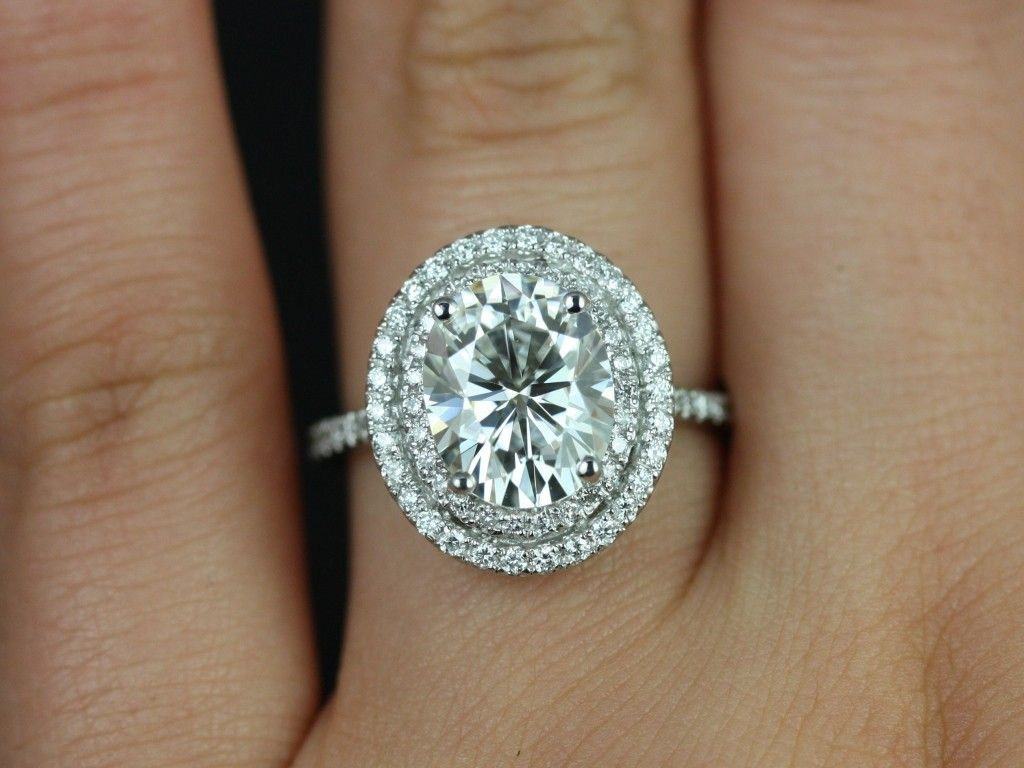 Diamond Halo Engagement Rings