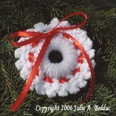 Double Crochet Wreath Ornament A Free Crochet Pattern From Jpfun
