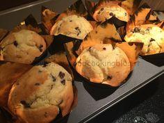 Laricetta dei muffin alla pannasono perfetti per una colazione fatta in casa con il Kenwood Cooking Chefsemplice, deliziosa e gustosissima da accompagnare con il the o il caffelatte, ma sono anche indicati come merendina mono porzione per i ragazzi da portare a scuola o come spuntino spezzafame. La panna presente nell'impasto rende questi muffin molto…