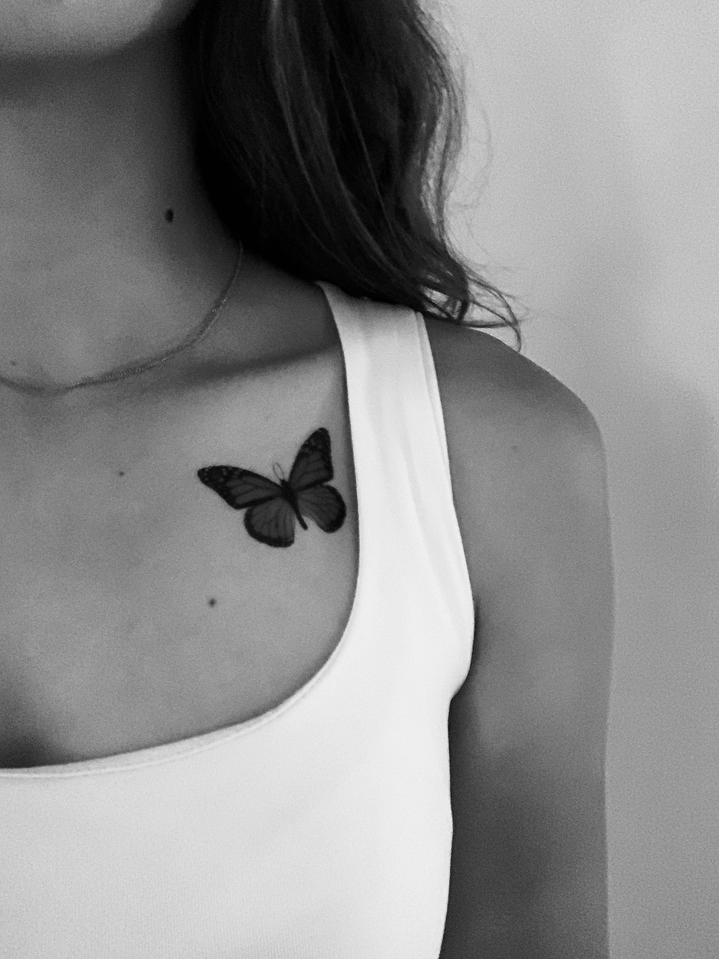 Pin By Gayathry V On Inked In 2020 Collar Bone Tattoo Collar Tattoo Cool Shoulder Tattoos