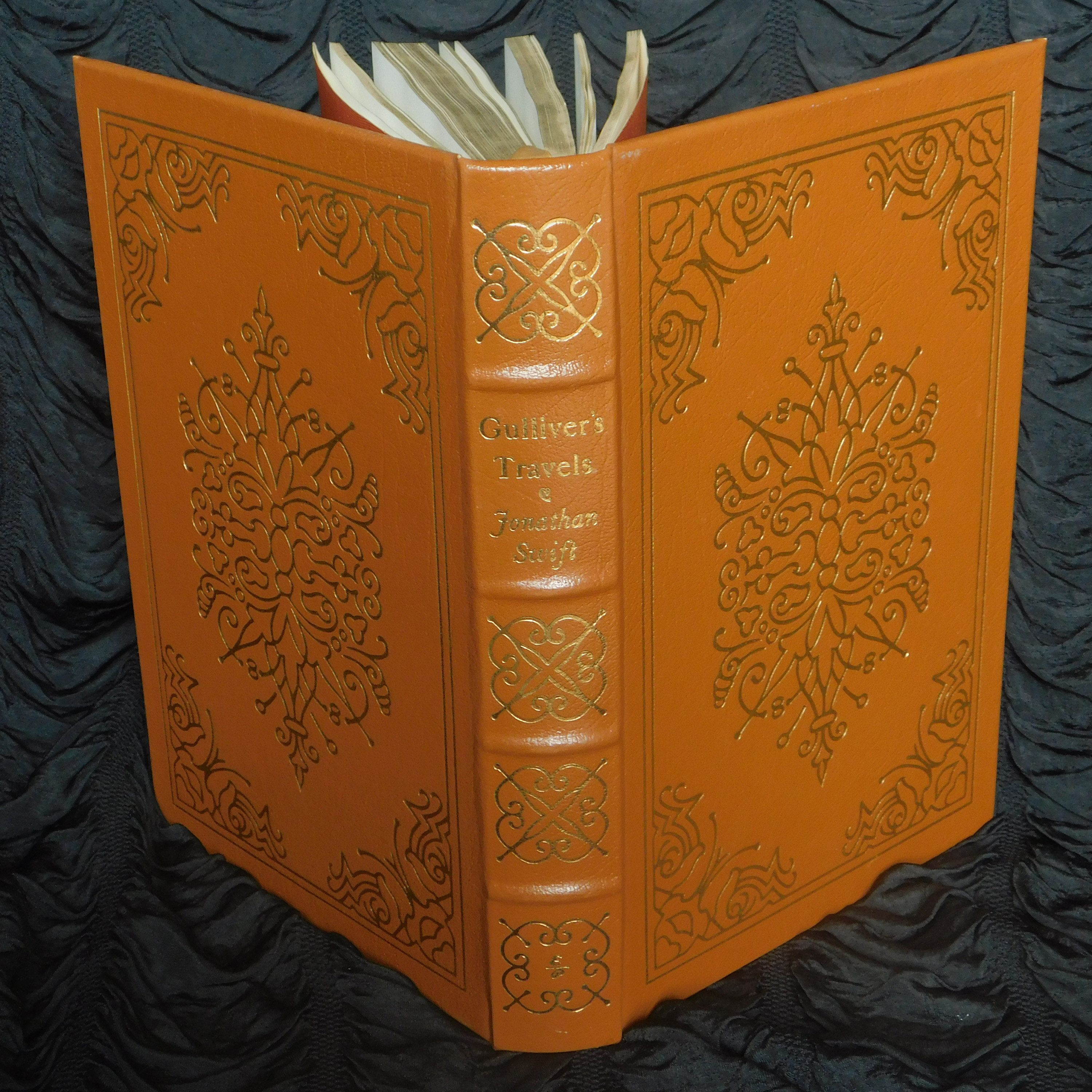 Gulliver's Travels By Jonathan Swift ∙ Vintage Leather