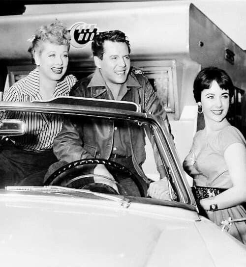 Lucille Ball, Desi Arnaz & Elizabeth Taylor   1954 #lucilleball