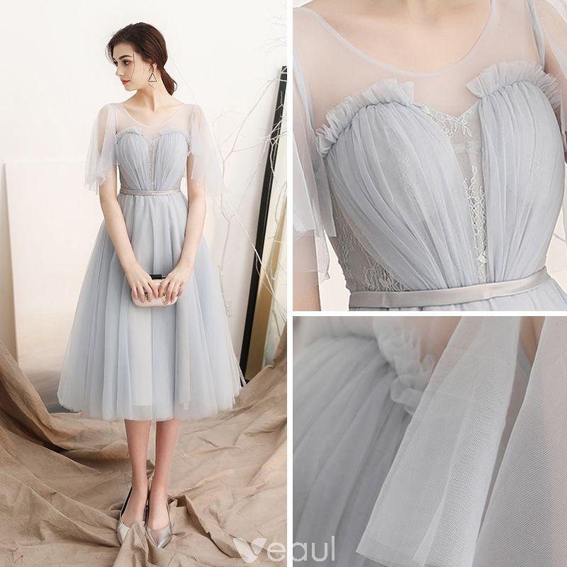 Modest / Simple Grey See-through Homecoming Graduation Dresses 2018 A-Line / Princess Scoop Neck Short Sleeve Sash Tea-length Ruffle Backless Formal Dresses