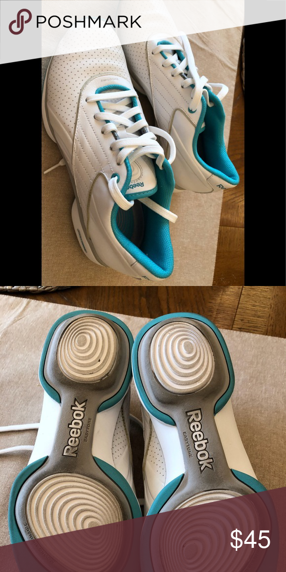 00e3e2c96b3 REEBOK women s tennis shoes w moving air inside Lightweight Reebok tennis  shoes for walking. All leather. Worn only a couple of times. Easy Tone  style.