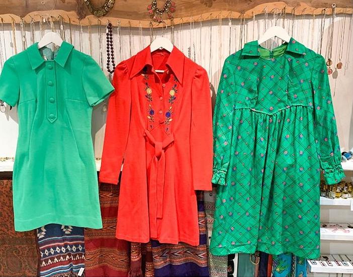 Cute Little 60s Dresses 60soutfit 60sdress 60spinafore Vintage Vintage60sdress V In 2020 Vintage Clothing Boutique Ladies Vintage Clothing Vintage Clothes Shop