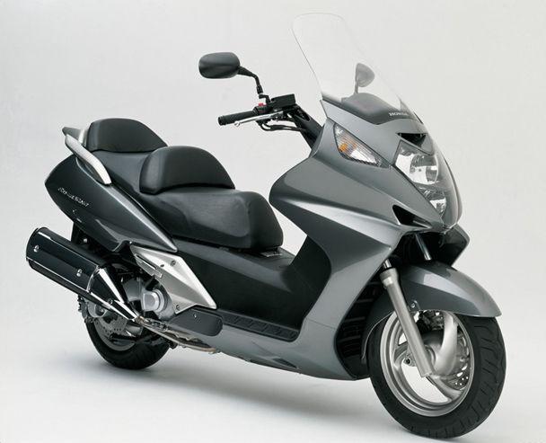 Honda Silver Wing 600 My Bike Only Maroon So Much Fun And Fast Honda Scooter Honda Bikes