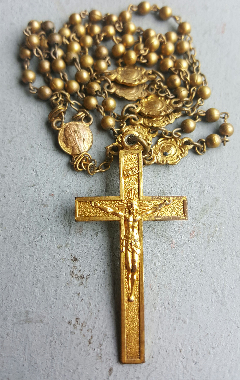 Fantastic Vintage Spanish Gold Plated Virgin Mary Multi-Medal Medallion  IB63