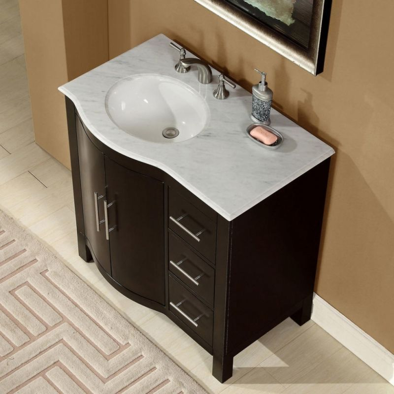 Love The Vanity And Mirror Offset Sink To One Side With Images