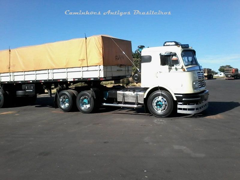 Mercedes bens lp 1520 brasil trucks pinterest for Mercedes benz brasil