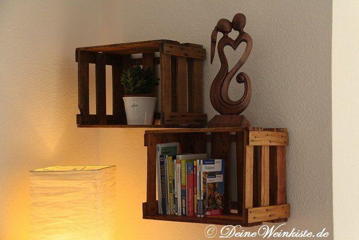 Wandregal aus zwei aufgehängten Weinkisten (mit Anti-Holzwurm - küchenregal mit beleuchtung