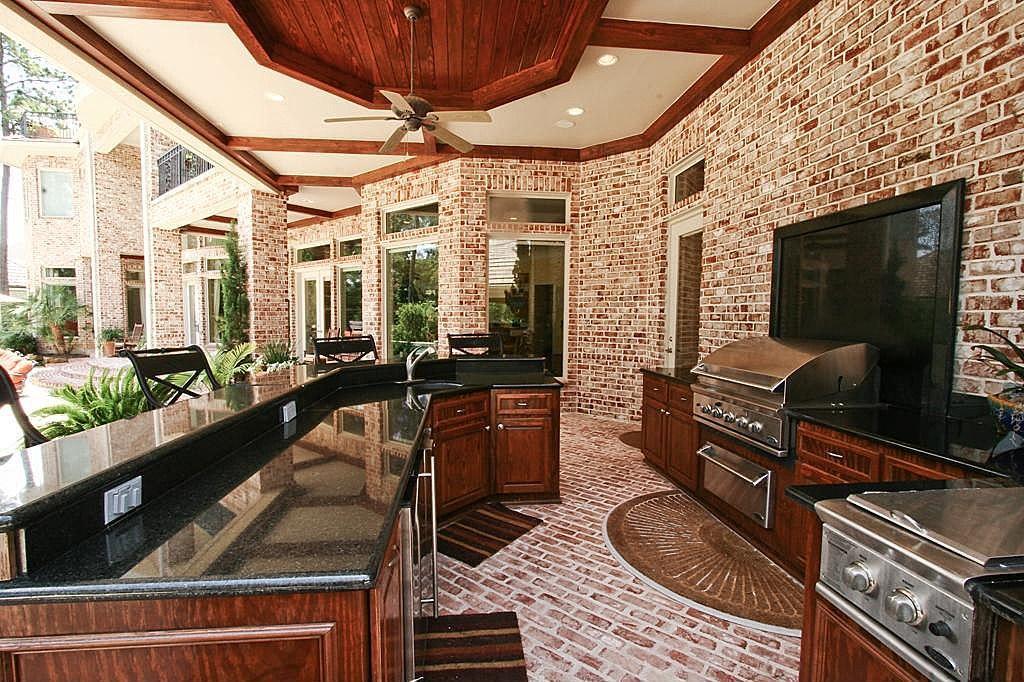 47 Grand Regency Cir The Woodlands Tx 77382 Mls 66656919 House Design Home Com House Styles