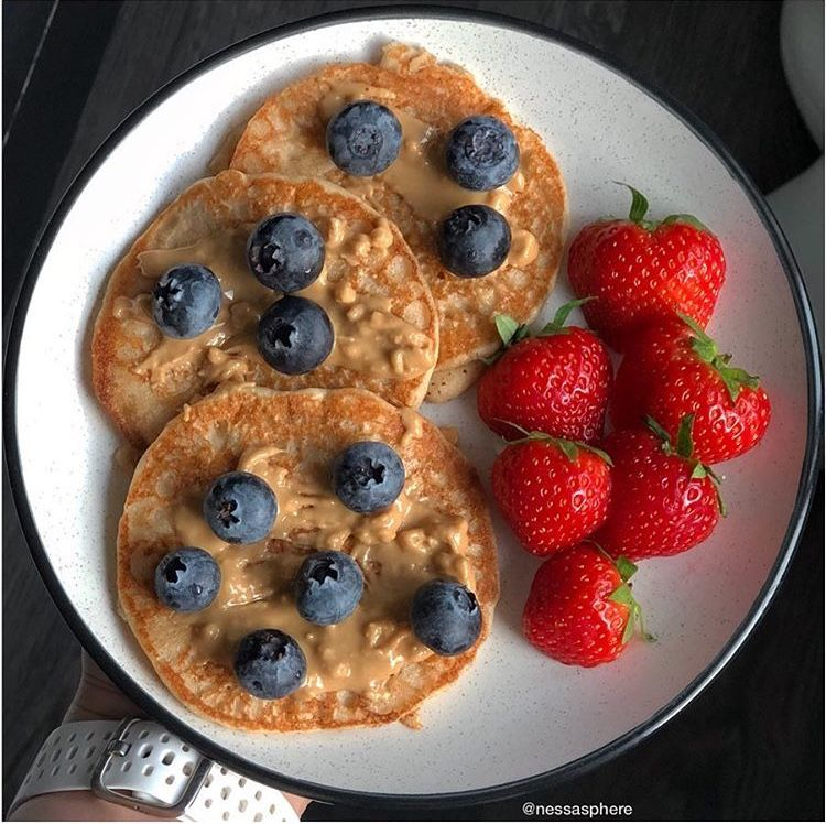 Whole wheat flower, egg, almond milk, and butter pancakes