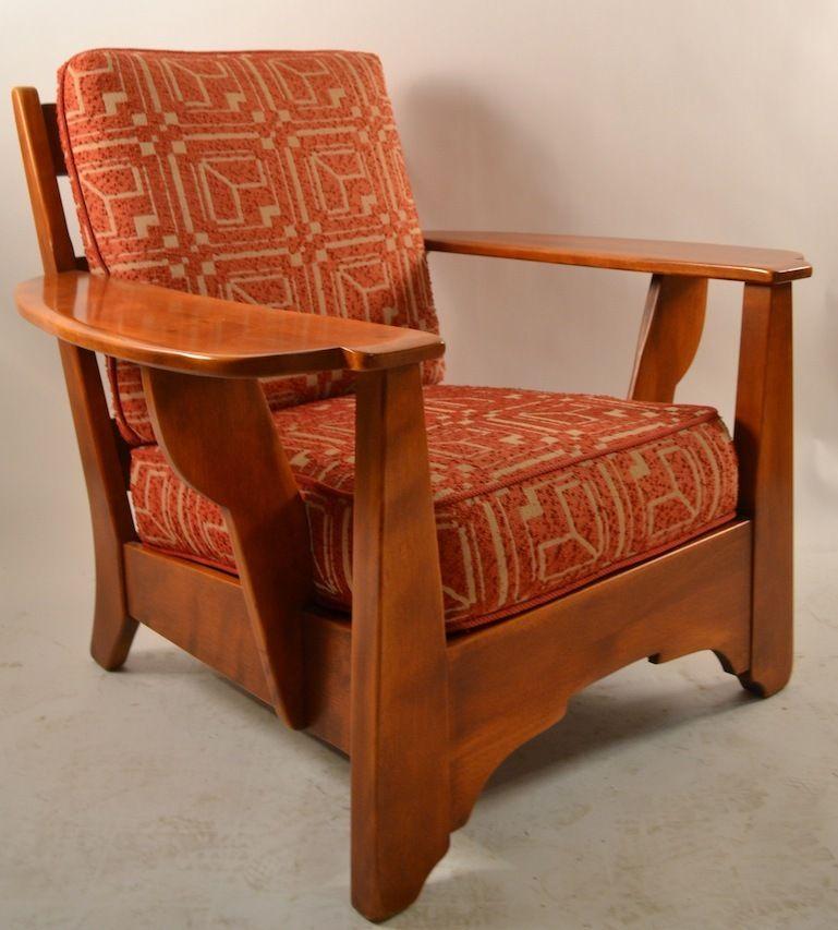 Superior Cushman Maple Paddle Arm Lounge Chair
