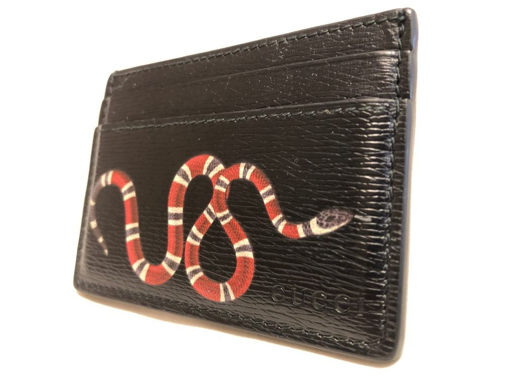 premium selection 3fdd9 8ff05 AUTHENTIC Black GUCCI CARD HOLDER w/ Iconic GUCCI SNAKE #fashion ...