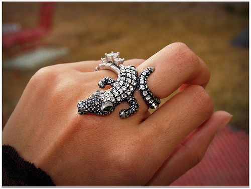 alligator ring i have this
