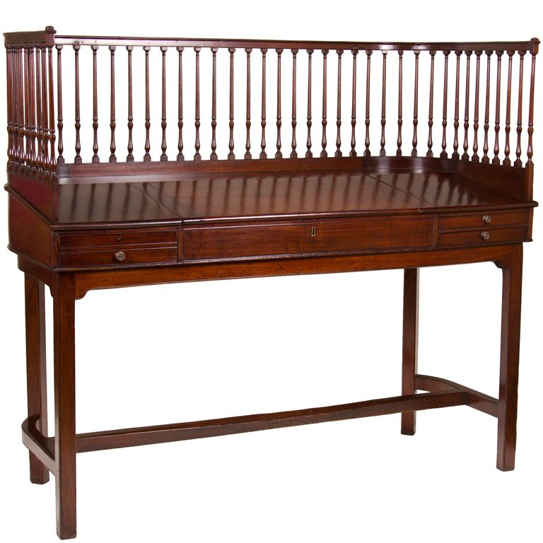 Inexpensive Antique Furniture: George III Mahogany Bankers Desk