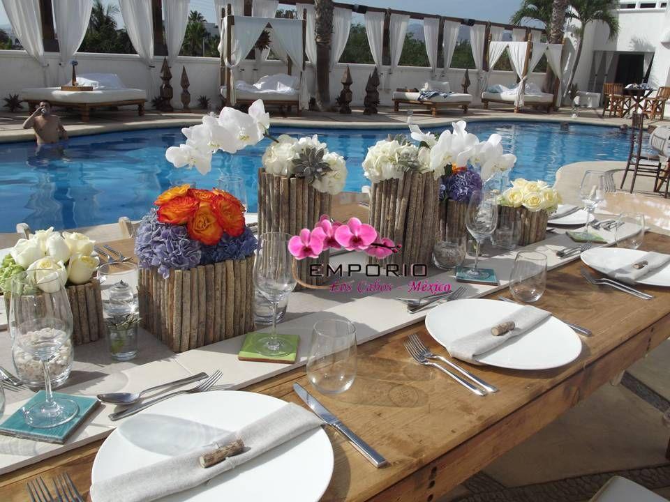 driftwood centerpiece centro de mesa con flores exoticas