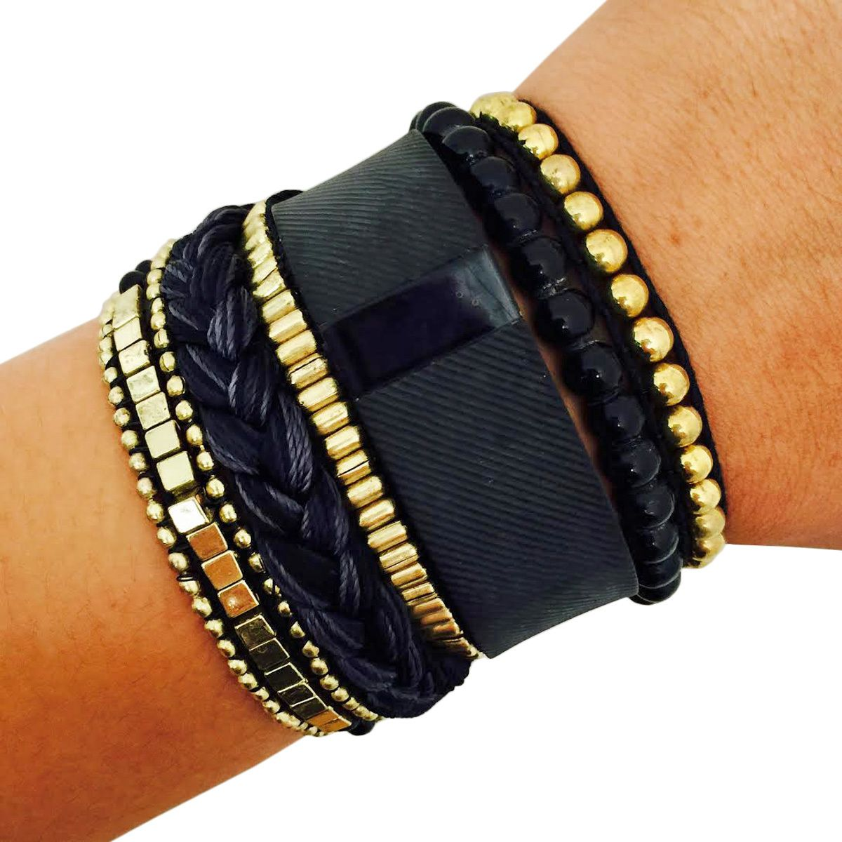 Fitbit bracelet to accessorize the fitbit charge or charge hr the
