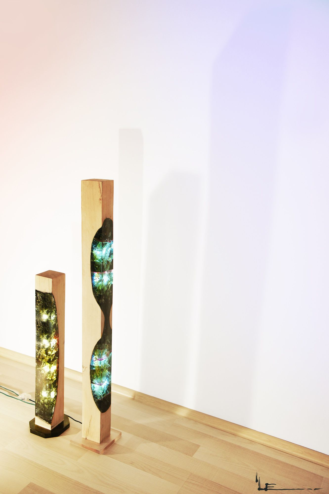 Wood, acrylic glass and light; a fusion between materials. Designer ...