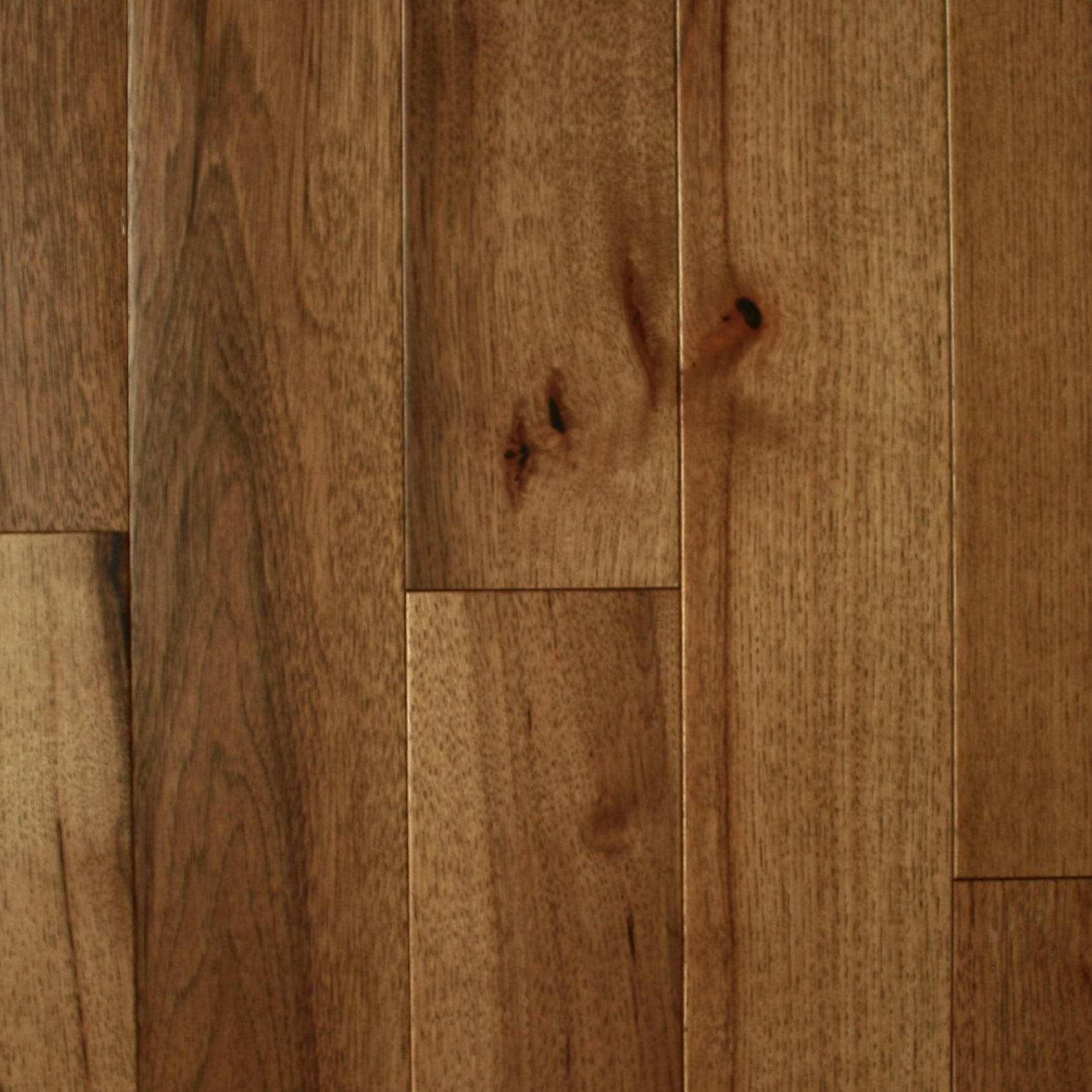261 Sm S Hickory Hardwood Flooring Is Both Beautiful And Timeless We A