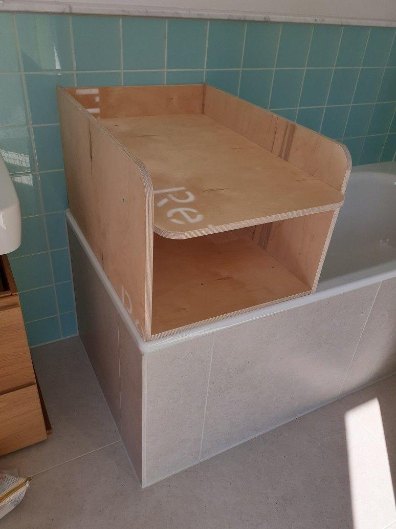 Wechseloberteil Fur Die Badewanne Ikea Hack Babyzimmeraltrosa Babyzimmerbaum Babyzimmerbeige Babyzimme In 2020 Wickelaufsatz Badewannen Wickelaufsatz Badewanne