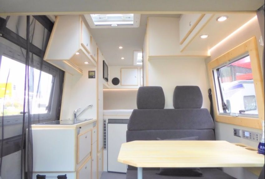 Mercedes Sprinter CS Independent camper van interior from CS ...