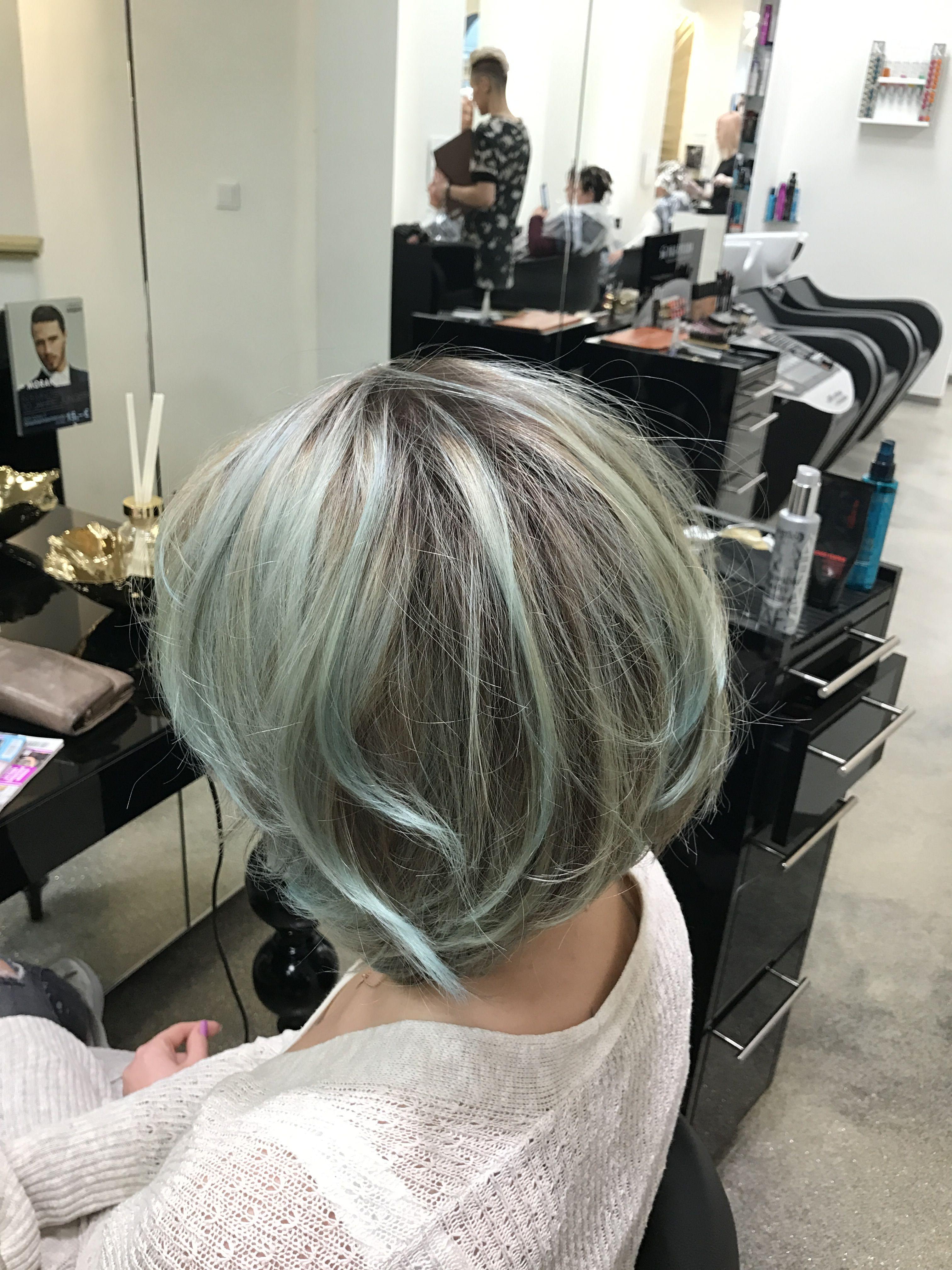 Pin Von Morantehair Auf Farbenfroh Friseure Haarfarben Friseur Essen