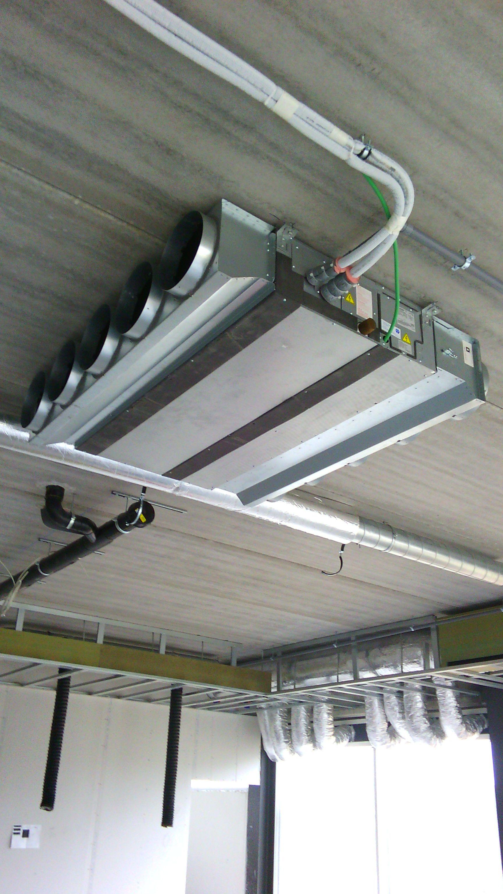 Idee van Carlo Loix op airco warmtepomp lucht lucht