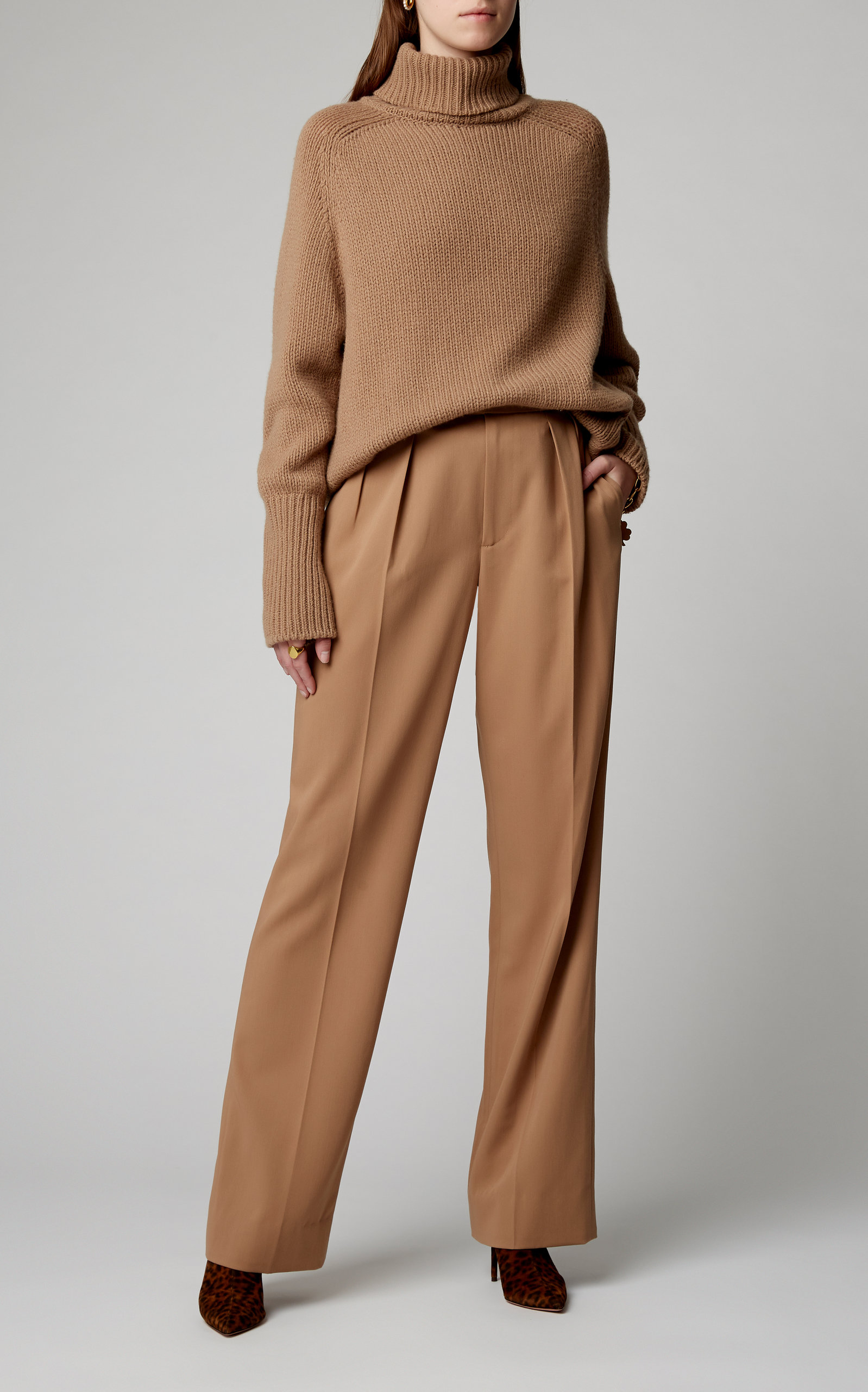 Bingham Pleated Wool-Crepe Wide-Leg Pants by Ralph Lauren | Moda Operandi