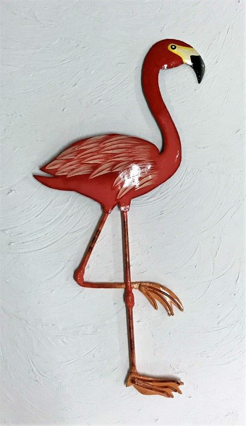 Beautiful Metal Flamingo Wall Art Available In 20in 25in And 40in Sizes Hand Crafted From Recycled Metal Tropical Wall Decor Tropical Decor Flamingo Wall Art